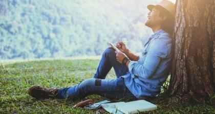 Autor entwirft eine Rede in der Natür